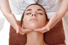 massage du visage et crâne